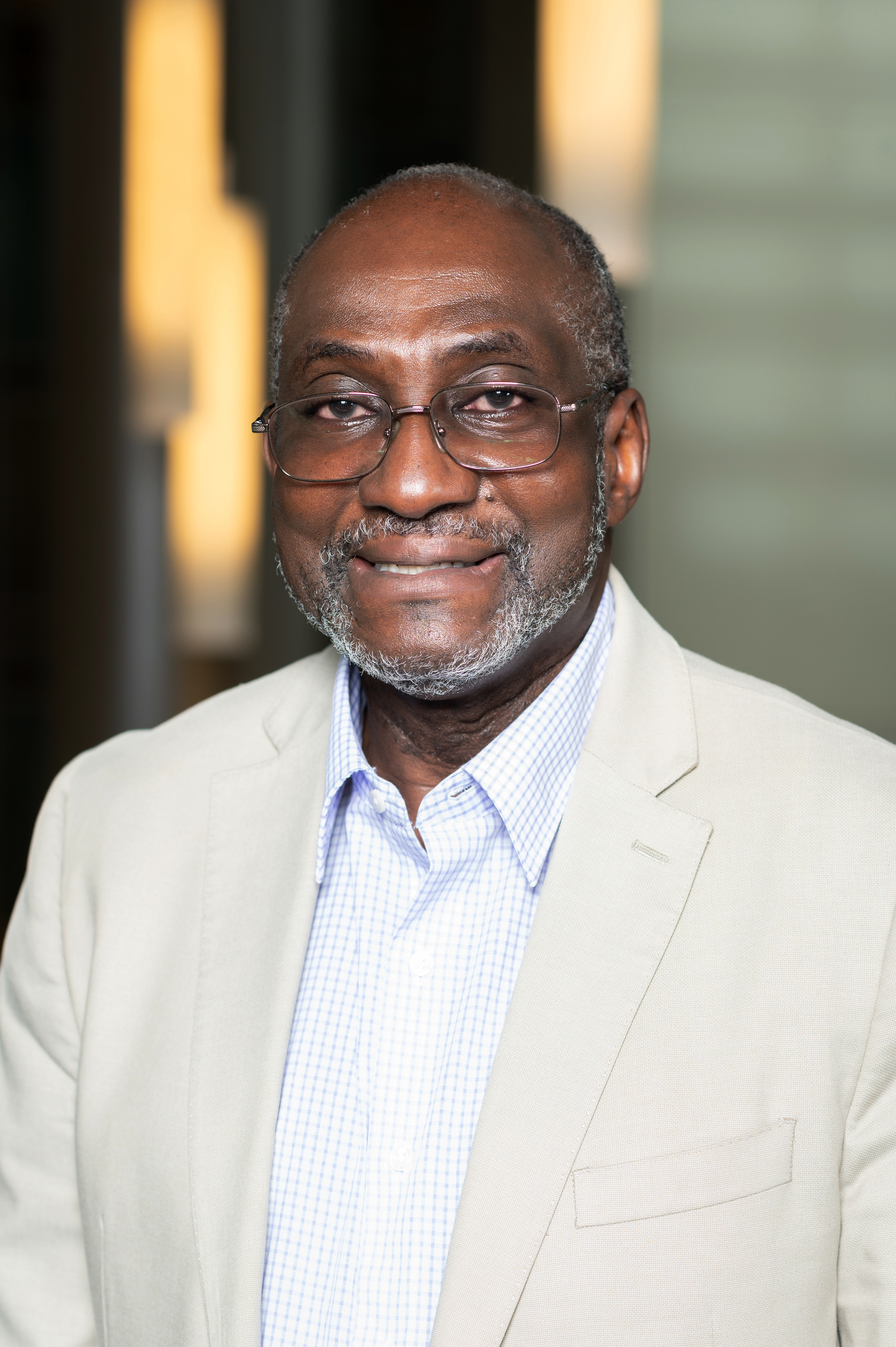 Emmanuel Eni - Wikipedia